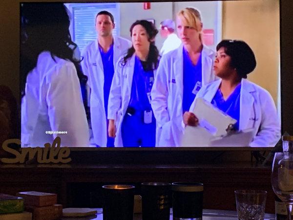 Grays Anatomy classic tv series for women to binge